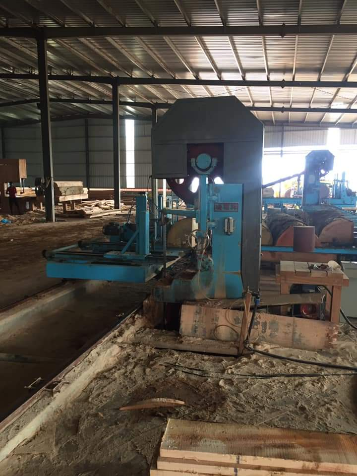 The S4S timber moulding process with machine
