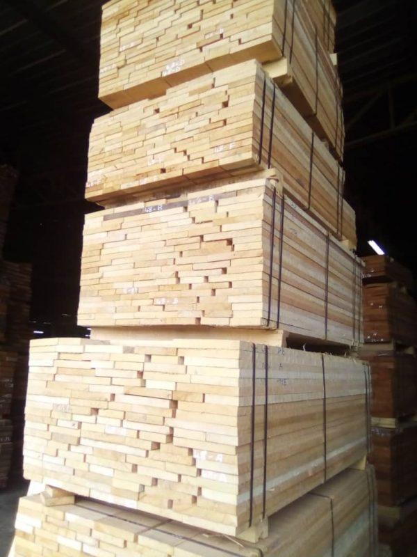 Anigre sawn timber